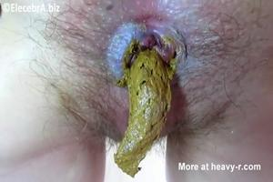 Blonde pooping and eat his own shit