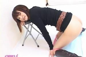 Beautiful japanese girls shitting